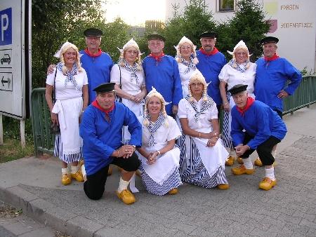 LÄNDERKOSTÜME Kostümverleih Schikofsky in Püttlingen